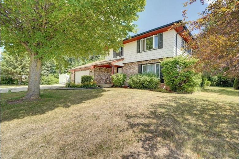 1630 Stoddard Ln Mount Pleasant, WI 53406 by Cove Realty, Llc $249,900