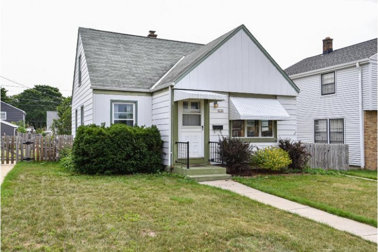 3738 S 16th St, Milwaukee, WI by Homestead Realty, Inc~milw $169,900