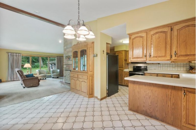 3086 Kettle Moraine Rd Hartford, WI 53027-9516 by First Weber Real Estate $580,000