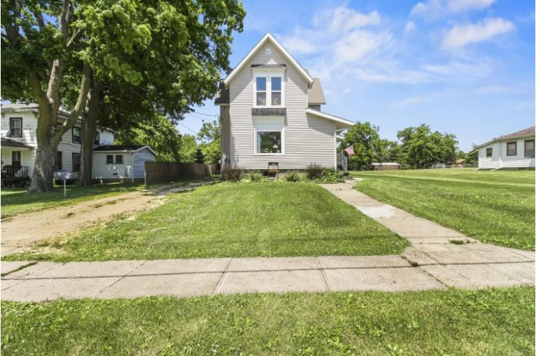 132 Seymour St Sharon, WI 53585-9642 by First Weber Real Estate $215,000
