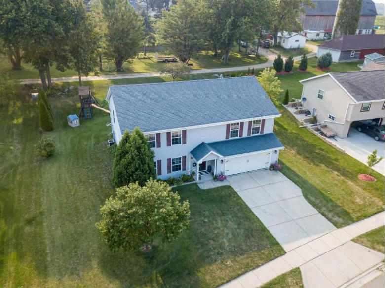 215 Willow Ln Theresa, WI 53091 by Coldwell Banker Real Estate Group-Mayville $259,900