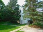 403 W Capitol Dr, Hartland, WI by Realty Executives Integrity~brookfield $230,000