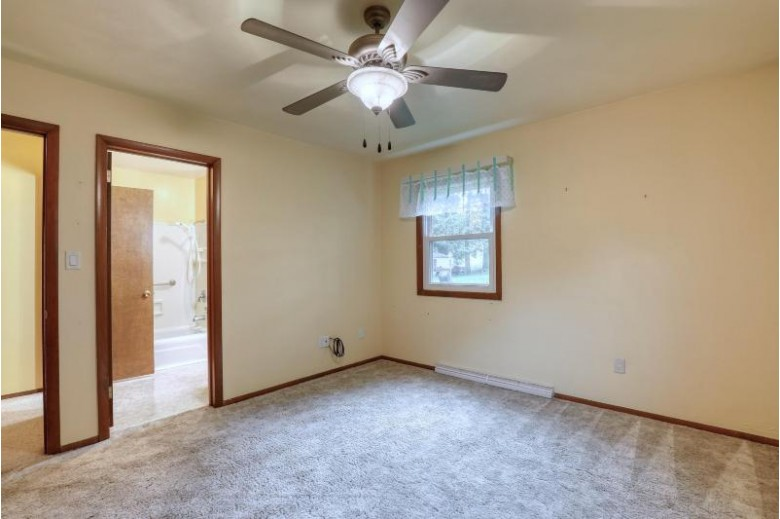 N5353 Ledgetop Dr, Fond Du Lac, WI by The Wisconsin Real Estate Group $260,000