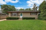 2709 Kenwood Dr Racine, WI 53403-3717 by Coldwell Banker Real Estate One $169,000