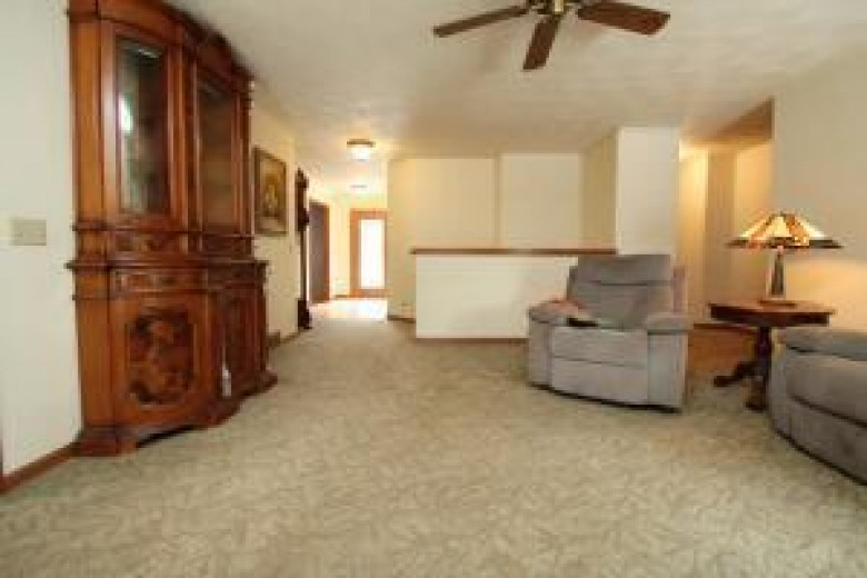 1437 S Emerald Grove Rd Janesville, WI 53546-9700 by Re/Max Community Realty $399,000