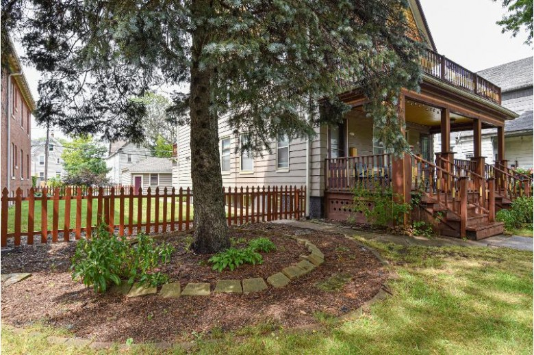 2637 N Humboldt Blvd 2639, Milwaukee, WI by Re/Max Realty 100 $279,900