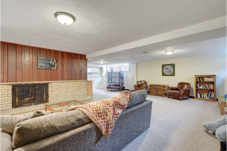 3523 Maryland Ave, Elmwood Park, WI by Rebelle Realty $324,900