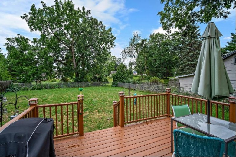 301 Lincoln Ave Mukwonago, WI 53149 by Coldwell Banker Realty $349,900
