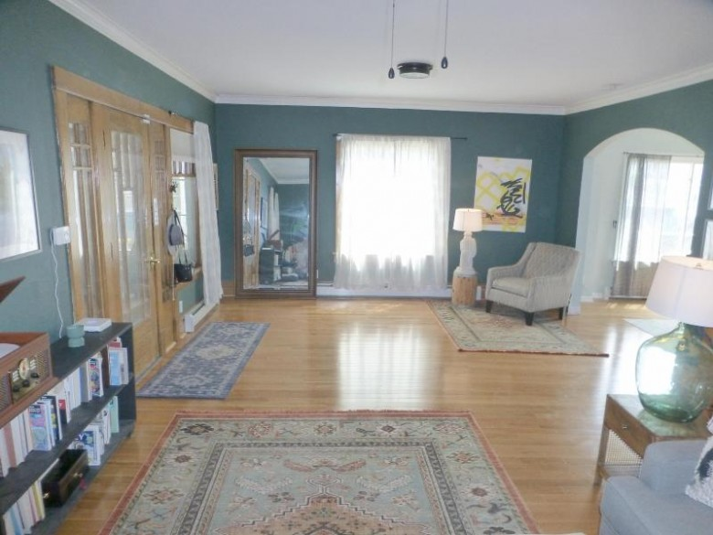 417 Grand Ave Hartford, WI 53027-2203 by First Weber Real Estate $200,000