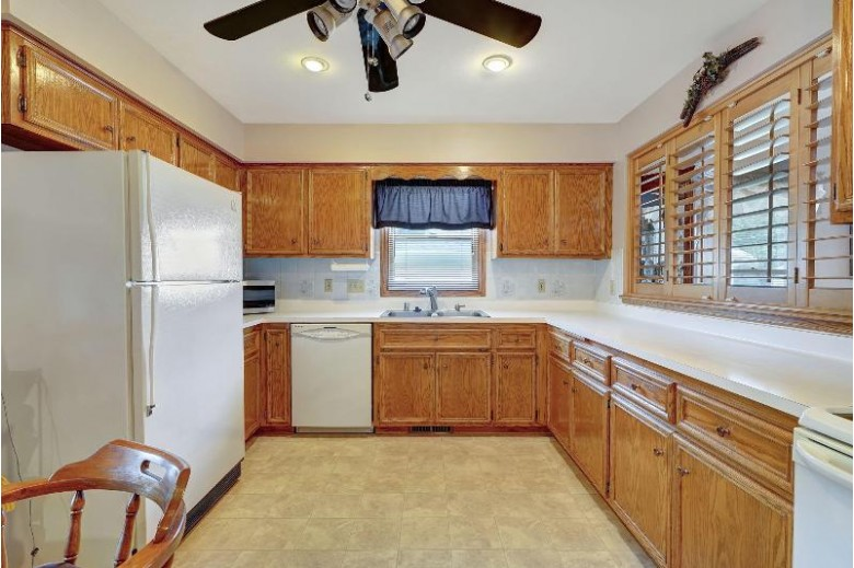 6250 Kinzie Ave Mount Pleasant, WI 53406 by Re/Max Newport Elite $265,000