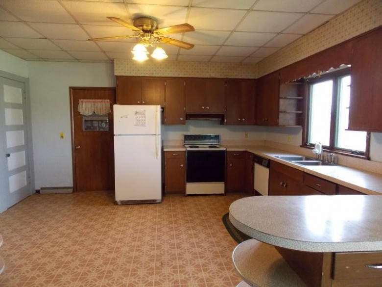 W6497 Vandre Rd, Johnson Creek, WI by Re/Max Community Realty $299,900