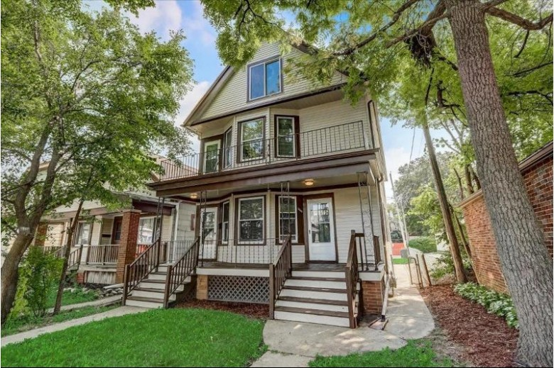 1654 S 58th St 1656, West Allis, WI by North Shore Homes, Inc. $269,900