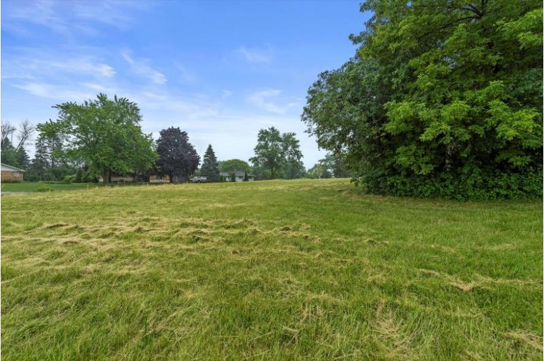 3840 N Calhoun Rd Brookfield, WI 53005-2181 by First Weber Real Estate $249,900