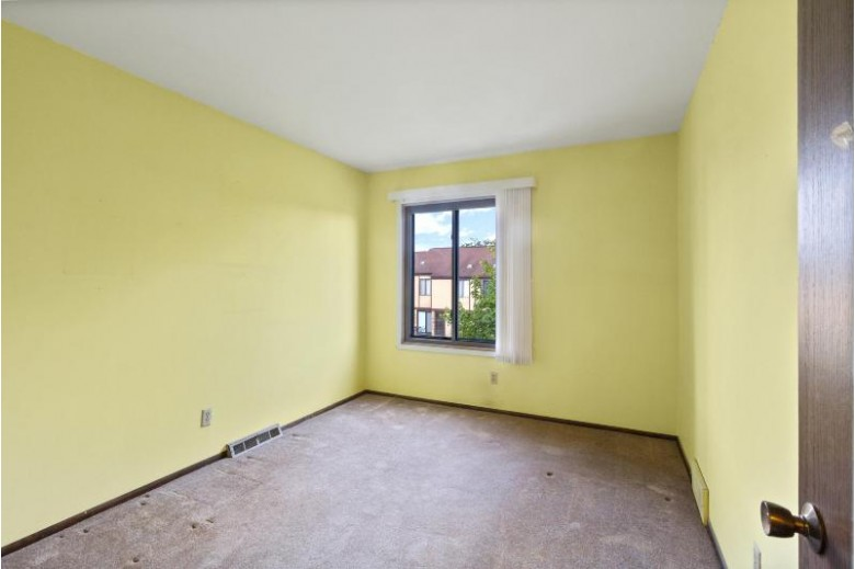 4099 W College Ave, Milwaukee, WI by Keller Williams Realty-Milwaukee North Shore $160,000