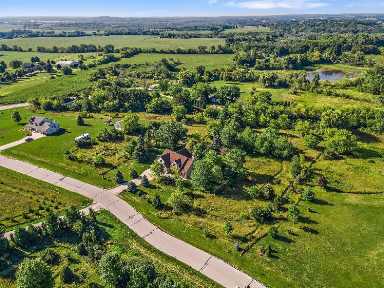 S108W25865 Shannon Ln Mukwonago, WI 53149-8444 by Coldwell Banker Realty $525,000