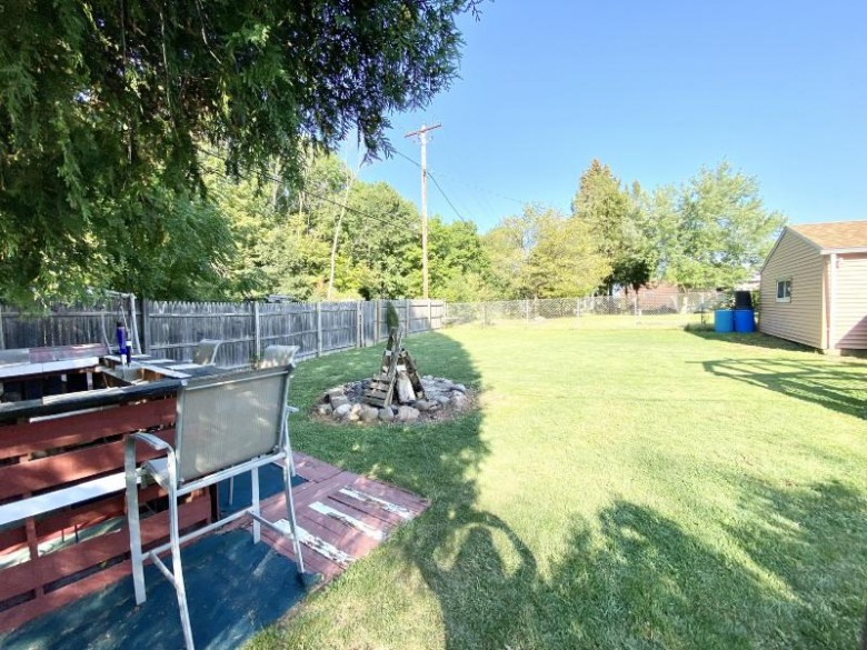 10036 Caddy Ln Caledonia, WI 53108-9628 by First Weber Real Estate $169,900