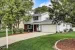 13975 W Crawford Dr New Berlin, WI 53151-5373 by Realty Executives - Elite $329,900
