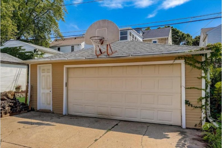 2800 N 69th St Milwaukee, WI 53210-1213 by First Weber Real Estate $280,000