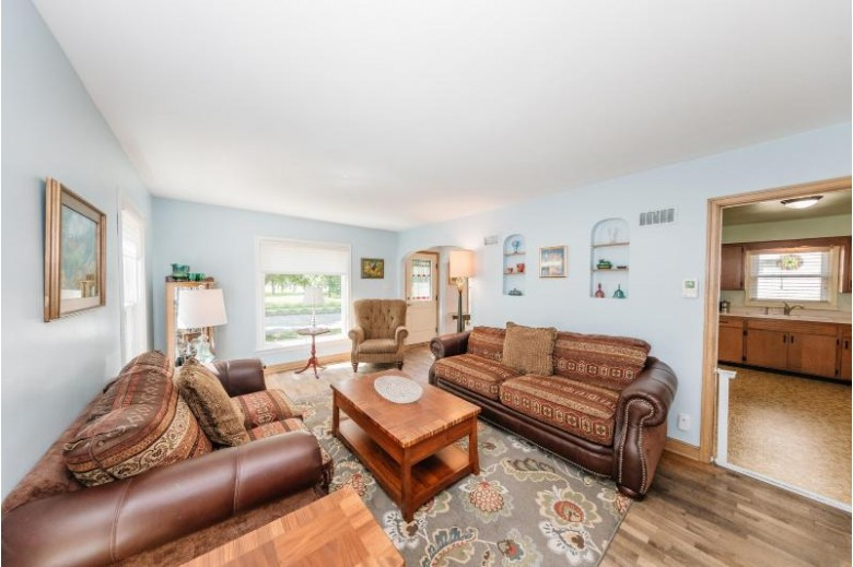 2640 S 78th St West Allis, WI 53219-2462 by First Weber Real Estate $175,000