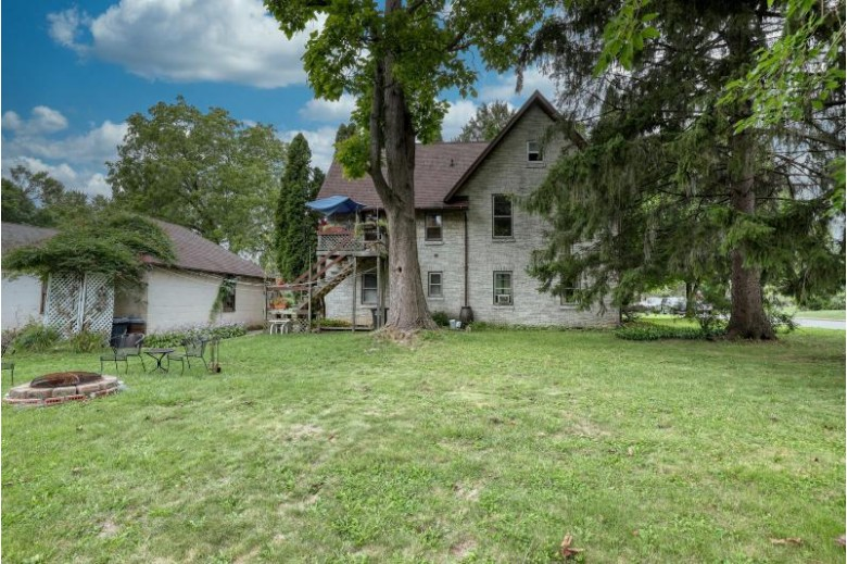 522 Greenland Ave 524 Oconomowoc, WI 53066-2872 by First Weber Real Estate $419,900