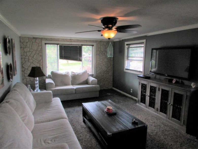32714 Robers St, Burlington, WI by Keefe Real Estate, Inc. $239,900