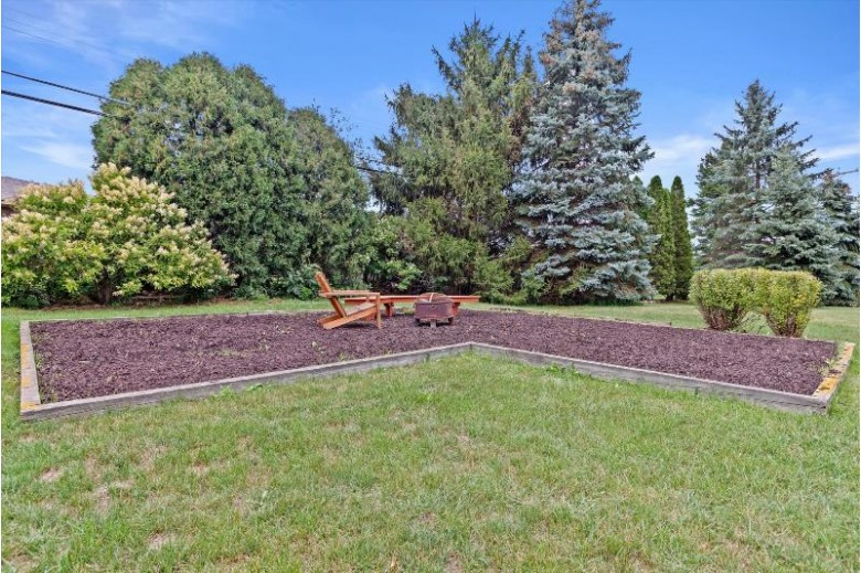 5924 Regency Hills Dr Mount Pleasant, WI 53406 by Powers Realty Group $333,900