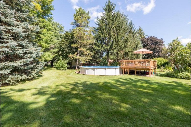 4949 Eagle Ln West Bend, WI 53095 by Homestead Advisors $329,900