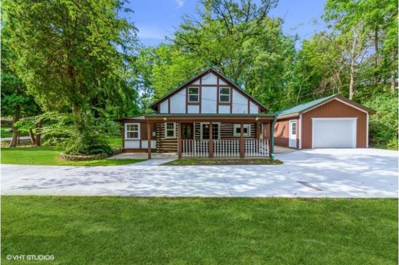 4318 Golf Dr Waterford, WI 53185 by @properties $224,900