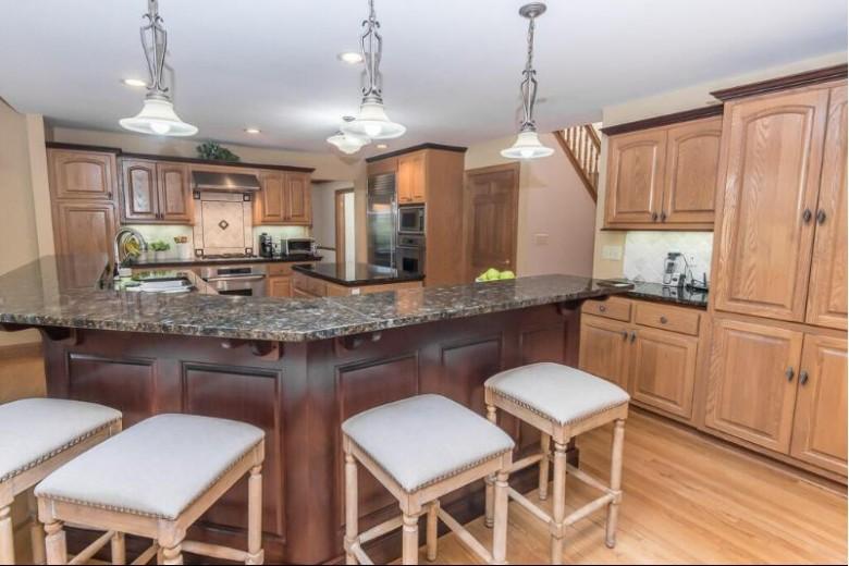 W310N4953 Old Steeple Rd, Hartland, WI by Keller Williams Realty-Lake Country $679,500