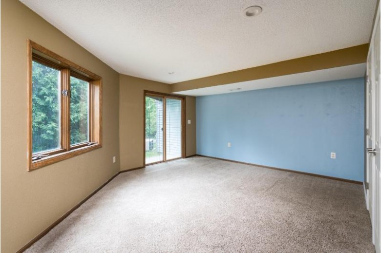 472 Manchester Ln, Milwaukee, WI by Keller Williams Realty-Milwaukee North Shore $178,000