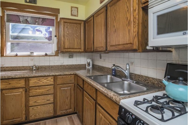 4221 W Johnson Ave, Racine, WI by Re/Max Realty 100 $230,000