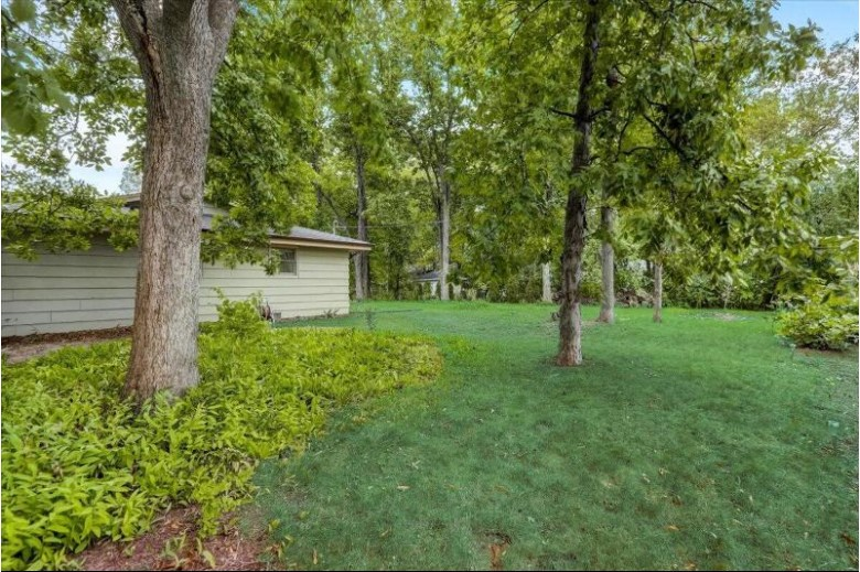 5145 Cynthia Ln Mount Pleasant, WI 53406 by Realty Executives Southeast $290,000