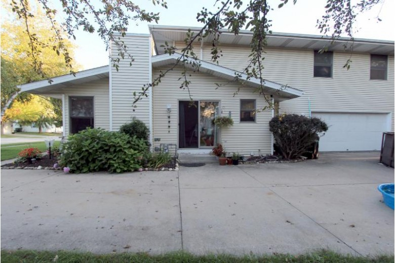 1336 Sunnydale Cir West Bend, WI 53090-1980 by First Weber Real Estate $289,900
