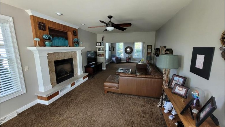 N78W23009 N Coldwater Cir Sussex, WI 53089 by Lake Country Flat Fee $539,900
