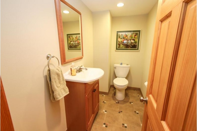 750 Kurtis Dr Elm Grove, WI 53122-5312 by Coldwell Banker Homesale Realty - Wauwatosa $384,900