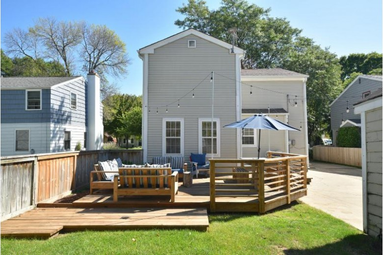 6039 N Lydell Ave Whitefish Bay, WI 53217-4523 by First Weber Real Estate $400,000