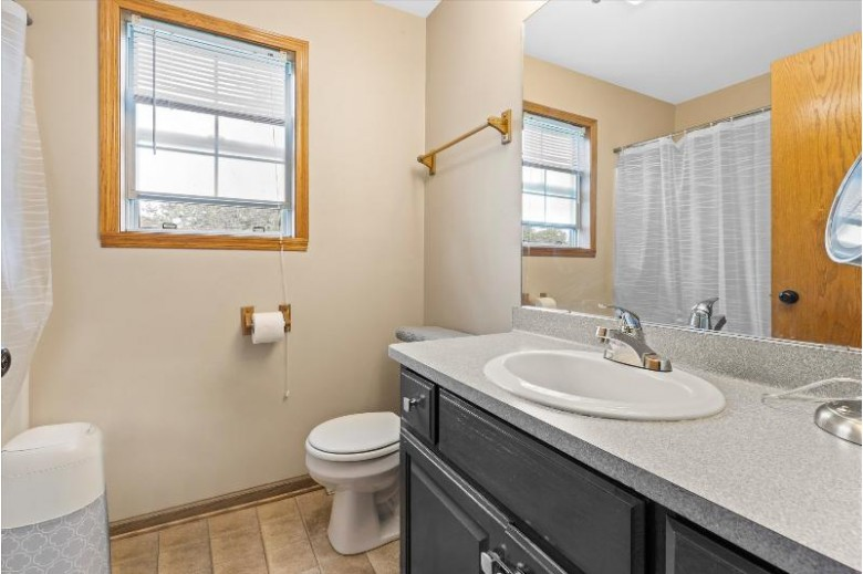 1416 Park Knoll Dr Hartford, WI 53027 by Keller Williams Realty-Lake Country $284,900