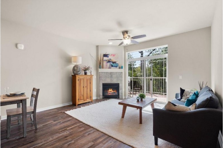 265 Thurow Dr 303, Oconomowoc, WI by Realty Executives - Integrity $295,000