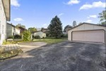 425 Park Hill Dr, Pewaukee, WI by North Shore Homes, Inc. $344,900