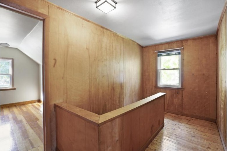 4231 S Whitnall Ave Milwaukee, WI 53207-5160 by First Weber Real Estate $189,000