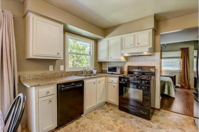 3701 Linda Ln, Mount Pleasant, WI by Coldwell Banker Homesale Realty - Franklin $299,900