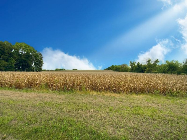 LT2 Hilltop Rd Watertown, WI 53094 by Lake Country Flat Fee $150,000