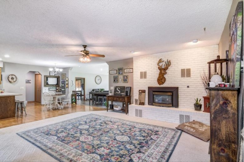 15685 County Road 25, Rollingstone, WI by Weiss Realty, Llc $578,000