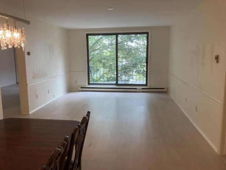 3838 N Oakland Ave 375 Shorewood, WI 53211-2258 by First Weber Real Estate $200,000
