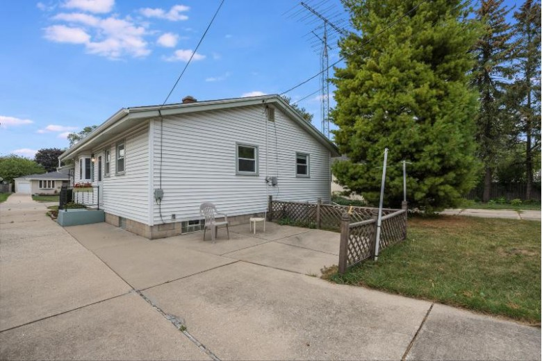 2823 Orchard St Racine, WI 53405-4430 by First Weber Real Estate $159,900