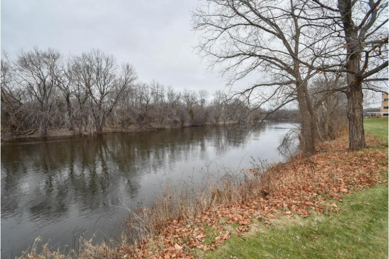 4253 W Rivers Edge Cir 1 Brown Deer, WI 53209-1112 by First Weber Real Estate $51,500