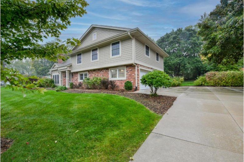 17825 Continental Dr Brookfield, WI 53045-1278 by First Weber Real Estate $519,900