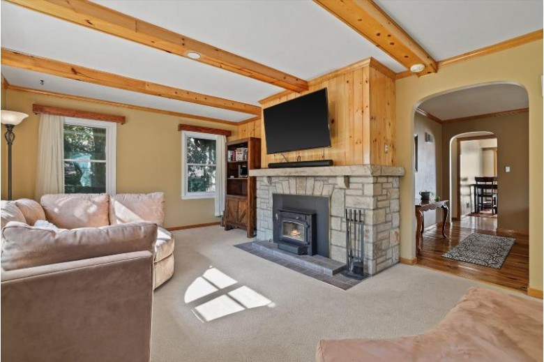 1120 Summit Ave, Waukesha, WI by Keller Williams Realty-Lake Country $269,900