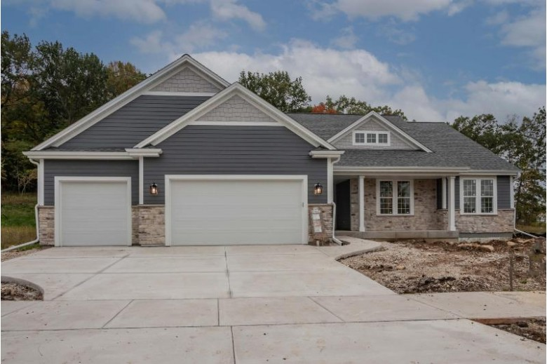 N69W23643 Donna Dr S Sussex, WI 53089-2794 by First Weber Real Estate $585,000