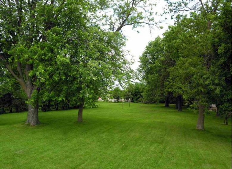 1644 Ripon Place, Oshkosh, WI by First Weber Real Estate $100,000